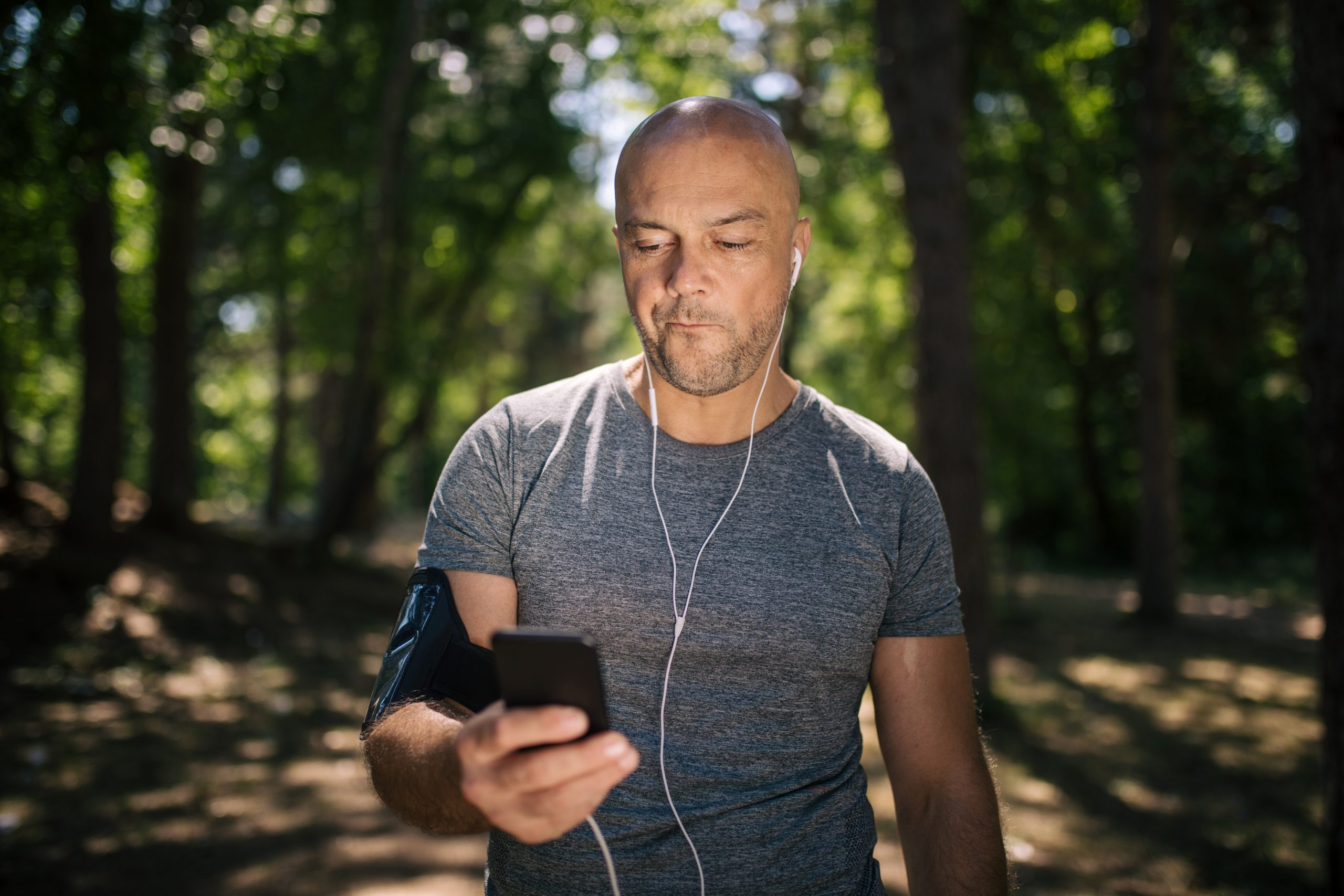 Knee Pain Got You Down? Check Your Text Messages